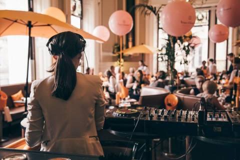DJ at Huchesons