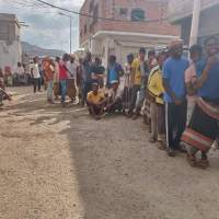 اللجنة الدولية للصليب الأحمر تواصل تنفيذ مشروع المساعدات النقدية للنازحين بعدن