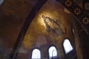 صورة لرسوم مسيحية داخل المتحف