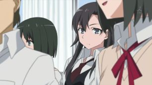 Hiratsuka Shizuka (平塚 静) keeps an eye on the overview in the committee room. (Yahari Ore no Seishun Love Comedy wa Machigatteiru. Yahari Ore no Seishun Love Come wa Machigatteiru. Yahari Ore no Seishun Rabukome wa Machigatte Iru. Oregairu My Youth Romantic Comedy Is Wrong, as I Expected. My Teen Romantic Comedy SNAFU やはり俺の青春ラブコメはまちがっている。 俺ガイル 果然我的青春戀愛喜劇搞錯了。 anime ep 10)