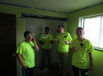 2016-10-11-yakima-missionaries-serve-44