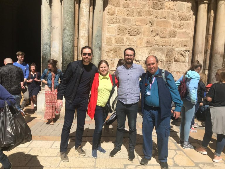 22085abf47f28e By choosing to travel with an Israeli private tour guide