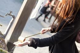靖国神社の初詣はすごく混雑しますから、予想を立てて出掛けましょう。