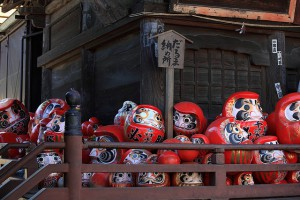 高崎だるま市の日程はよく調べて、混雑を避けて出掛けて下さい。