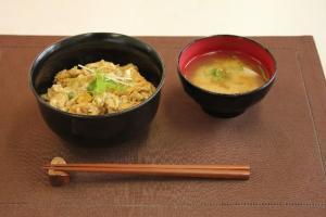 一人暮らしの料理は簡単に手間なく美味しいものがいいですね。