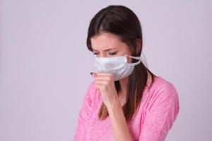 溶連菌感染症で大人の症状や感染原因と治療法について調べました。