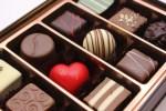 チョコレートの賞味期限切れ。1年前の冷蔵庫で過ぎた物は食べられる?
