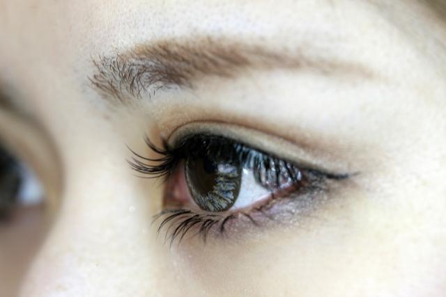 カラコン購入でかかる眼科の診察料は?定期的な眼科の診察を