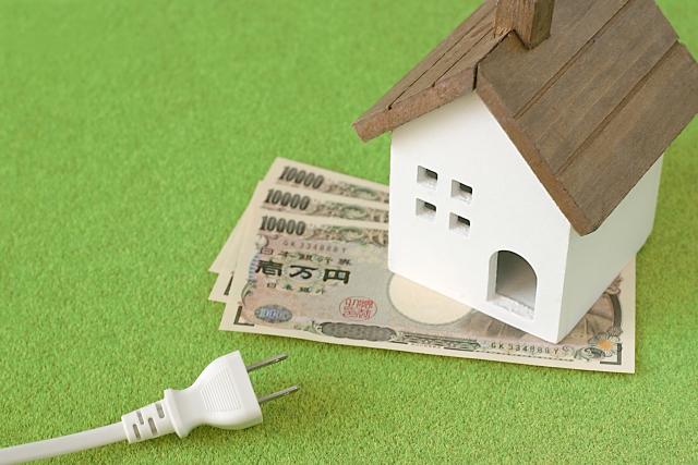 電気代の節約でコンセント抜くのって有効?生活費の無駄を省く技