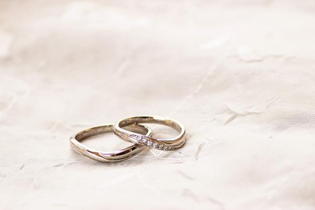 金の指輪を売る時は…重さをチェックしてから!損しない為の知識