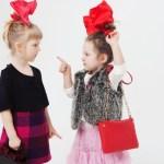 娘が友達と喧嘩…親が解決することは子供の成長を奪うことも?