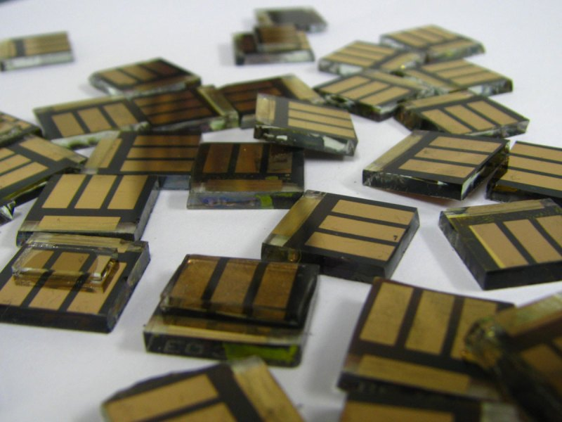 Perovskite tin solar cells