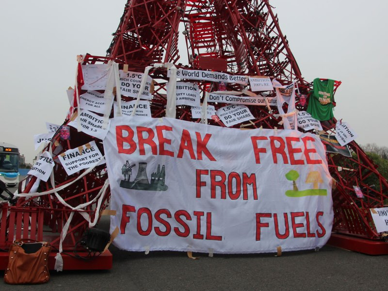 Break free from fossil fuels signage