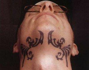 Мужские татуировки на шее симметрия