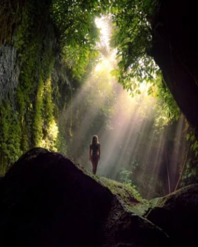 tukad-cepung-waterfall-bali-lightray-blog-400x500