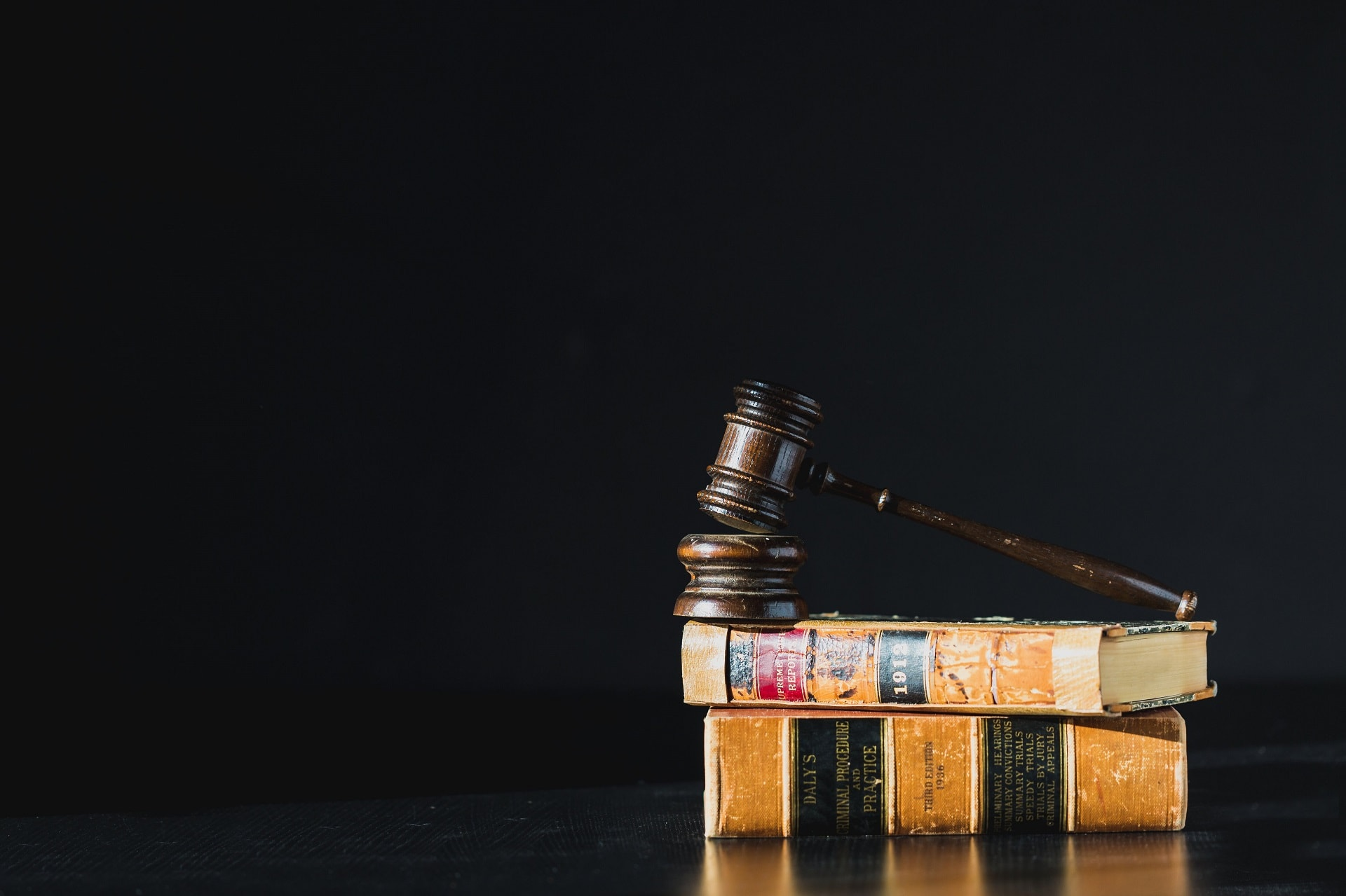 best law firm in dubai uae banner Slide YAH 1