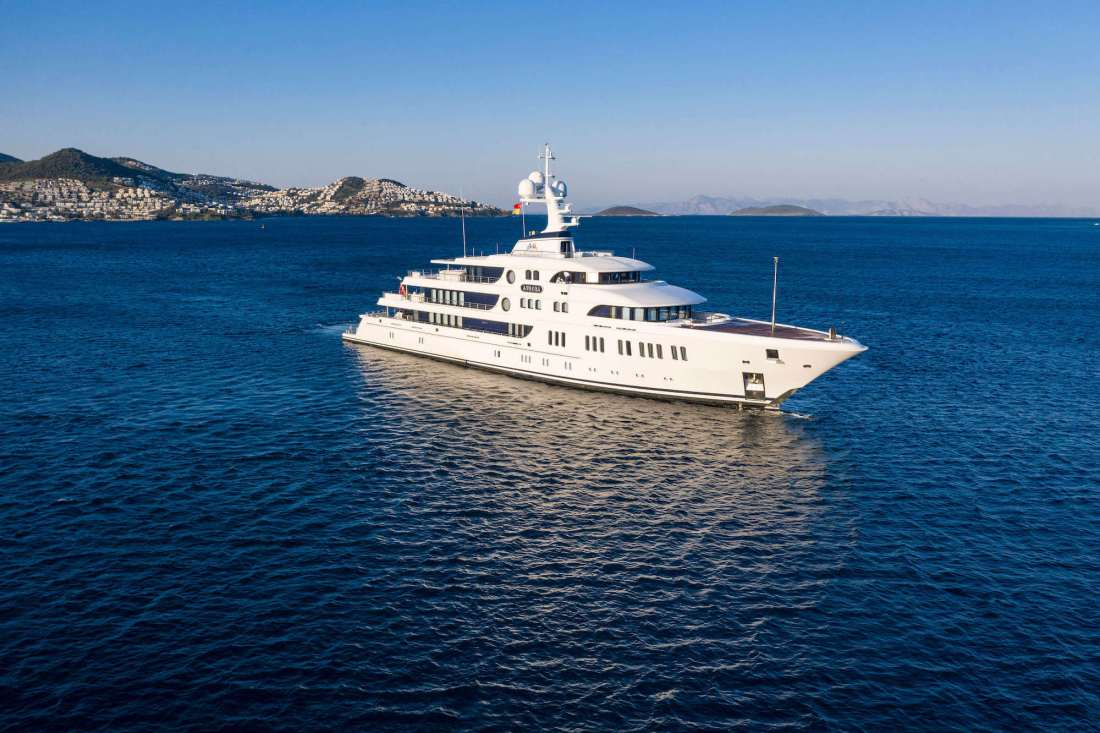 """Yalıkavak Marina Welcomes 74 Meters """"Aurora"""" As The First Superyacht Visitor Of The Season"""