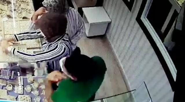 Yalova'da kuyumcu soydular İstanbul'da otelde yakalandılar