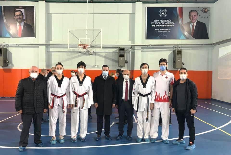 Altınova Spor Salonu törenle açıldı