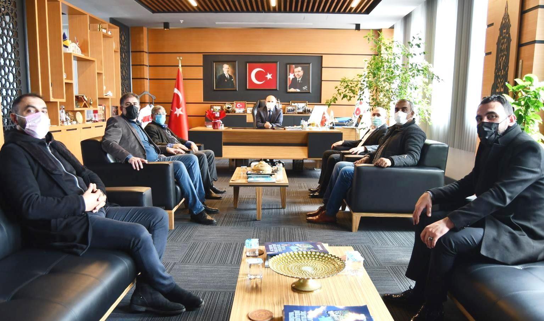 Erzurumlulardan Başkan Oral'a ziyaret