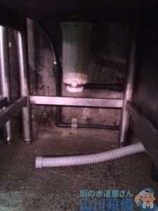 大阪府大阪市旭区赤川  排水蛇腹ホース破損水漏れ修理