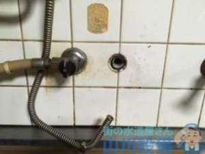 蛇口の水漏れ修理依頼なんですが2箇所あり内1箇所は蛇口交換になりましたの巻、大阪市住之江区西加賀屋編