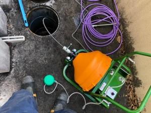 四條畷市田原台で電動フレキシロッダーCREでの通管作業は山川設備にお任せ下さい。