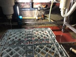 寝屋川市早子町のフレキ管の解体撤去は山川設備にお任せ下さい。