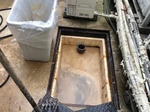 尼崎市浜でグリストラップの清掃は山川設備にお任せ下さい。