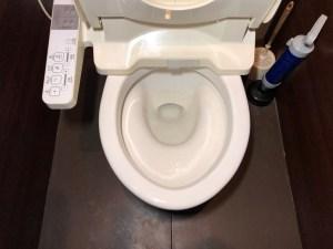 枚方市樟葉でトイレの流れが悪いと感じたら山川設備にお任せ下さい。