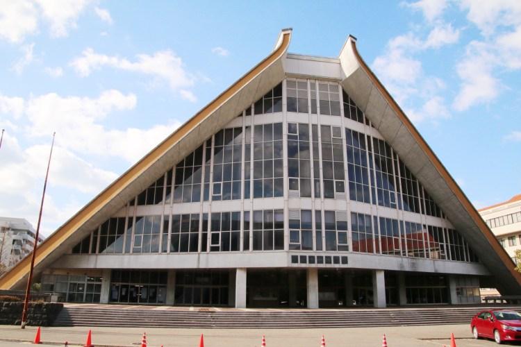 下関市立体育館外観