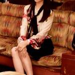 武井咲の黒革の手帖ファッションが最高におしゃれ!その着こなし術を徹底解説