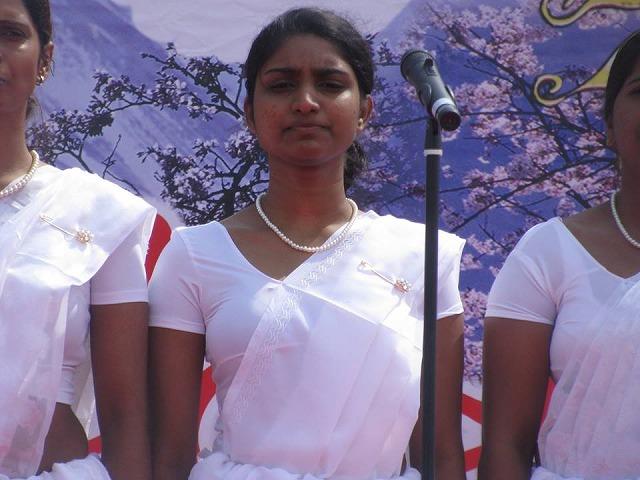 149416 Srilanka 新年祭-3-1 510023_773779452632049_8052236217163233165_n