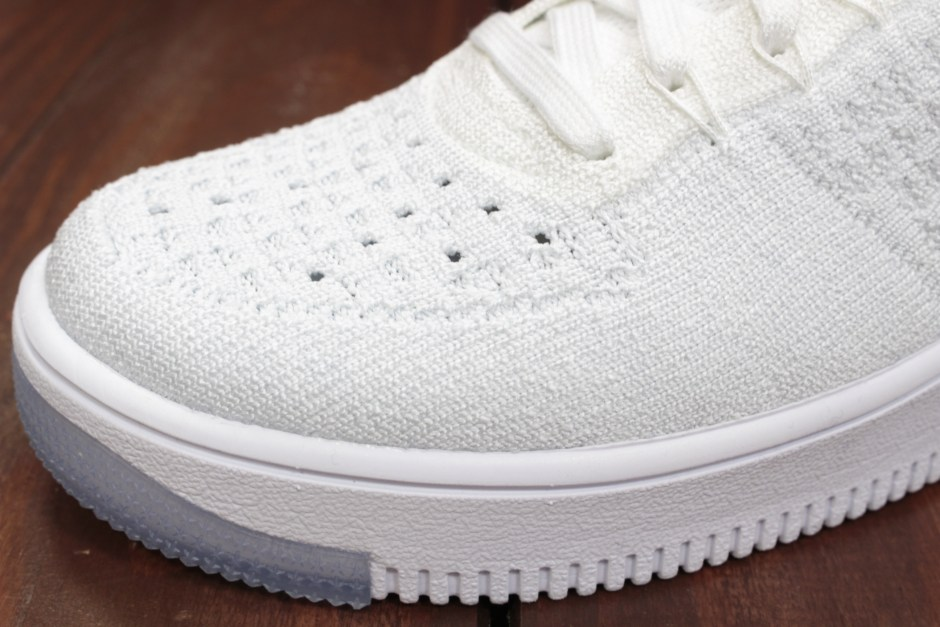 W NIKE AF1 FLYKNIT WHITE/WHITE-PURE PLATINUM 818018-100