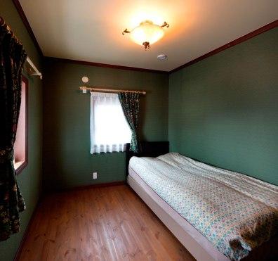 壁紙が美しい寝室