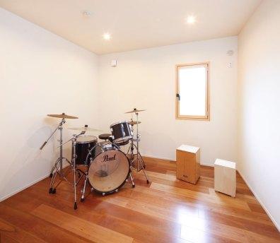 軽く防音した書斎スペース|建築実例201612-06