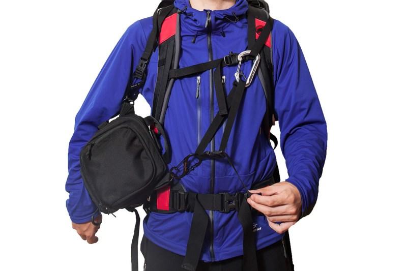 登山で一眼レフを持ち運ぶ方法