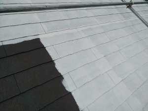 屋根の下塗り2回目
