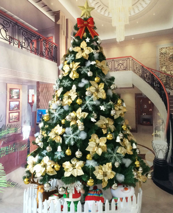 Wholesale Decorated Artificial Christmas Trees   YanDecor