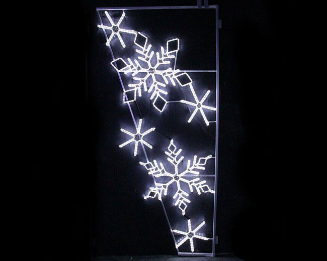 white snowflake light pole christmas decorations