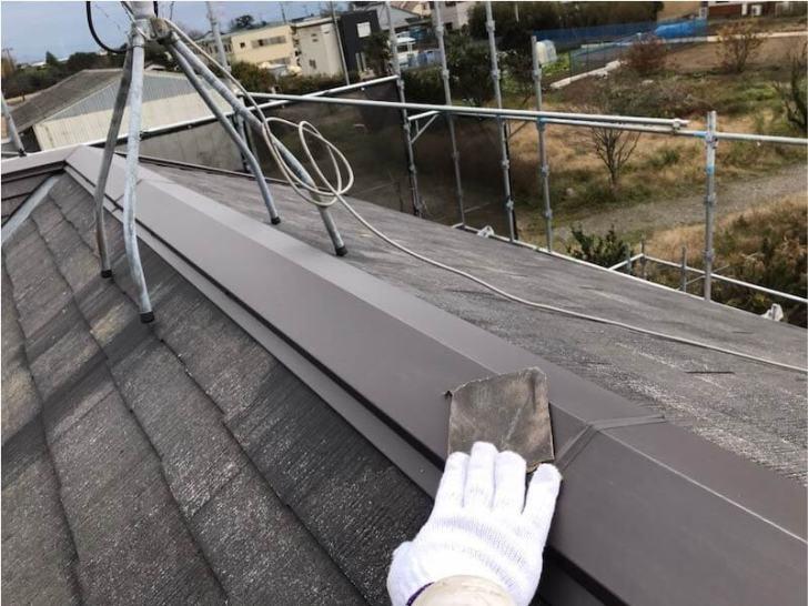 野田市の屋根塗装のケレン作業