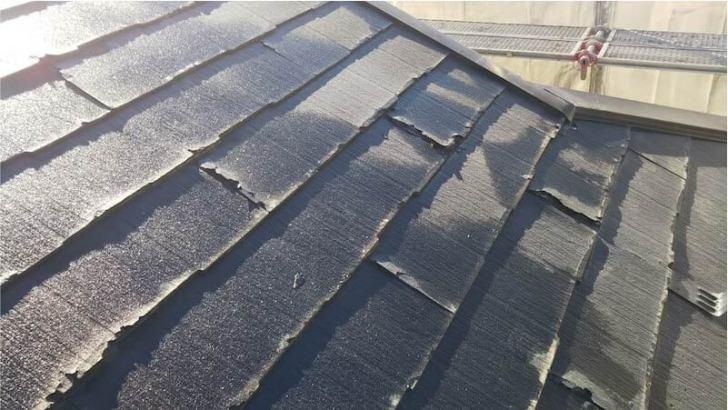 流山市の屋根リフォームの施工前の様子