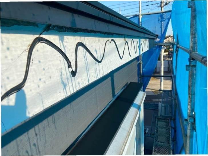 袖ケ浦市の屋根リフォームのガルバリウム破風板金の設置