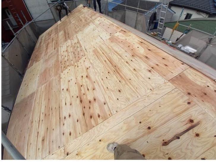 豊島区の屋根葺き替え工事のコンパネ