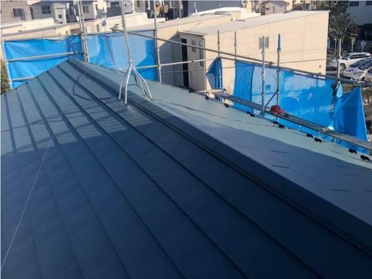 足立区の屋根葺き替え工事の施工後の様子