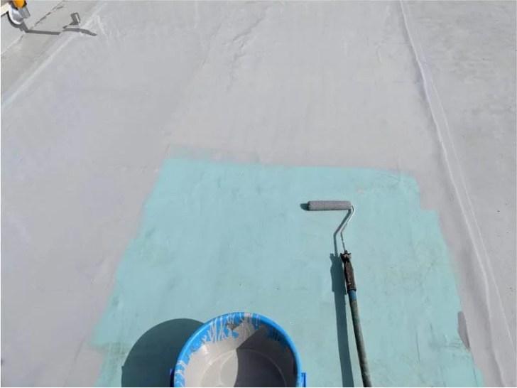 市川市の屋上防水工事のトップコート