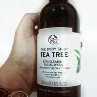 Body Shop Tea Tree Face Wash Review