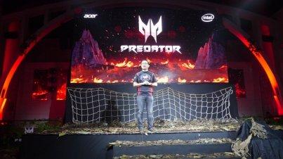 Predator Helios 500 Launch 002a