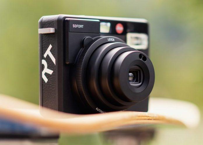 Leica Sofort Kini Tersedia dengan Opsi Warna Hitam 1