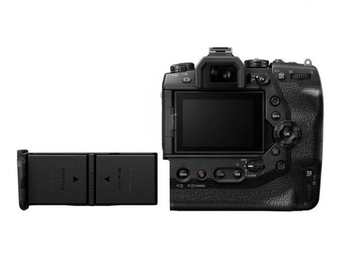 Olympus OM-D E-M1X: Kamera Mirrorless Pertama dengan Vertikal Grip Terintegrasi 2